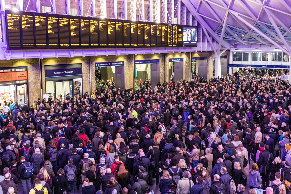 HOW TO MANAGE PASSENGER NUMBERS MORE EFFICIENTLY IN YOUR TRAIN STATION